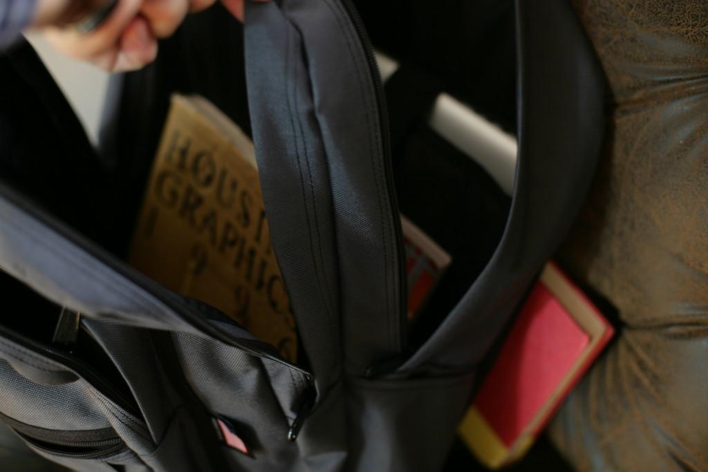 university student backpack (90)