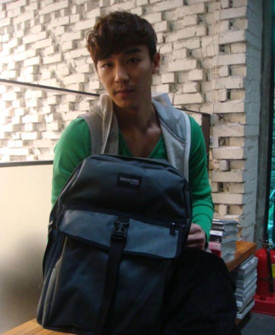Jin Yi Han2