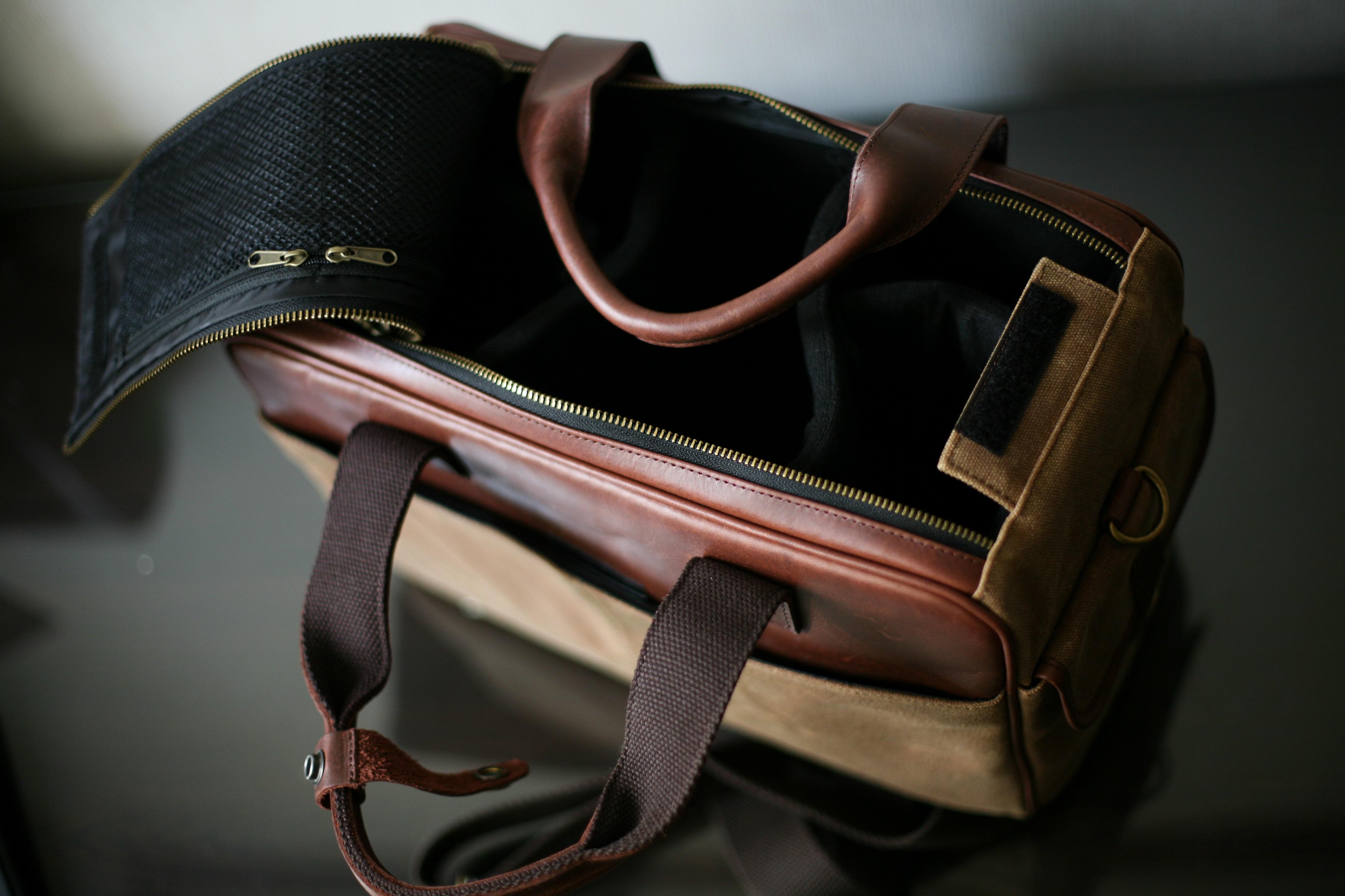 builford-waxed-canvas-camera-bag-2