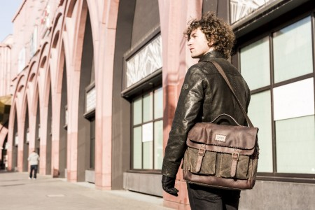 messenger bag for men leather