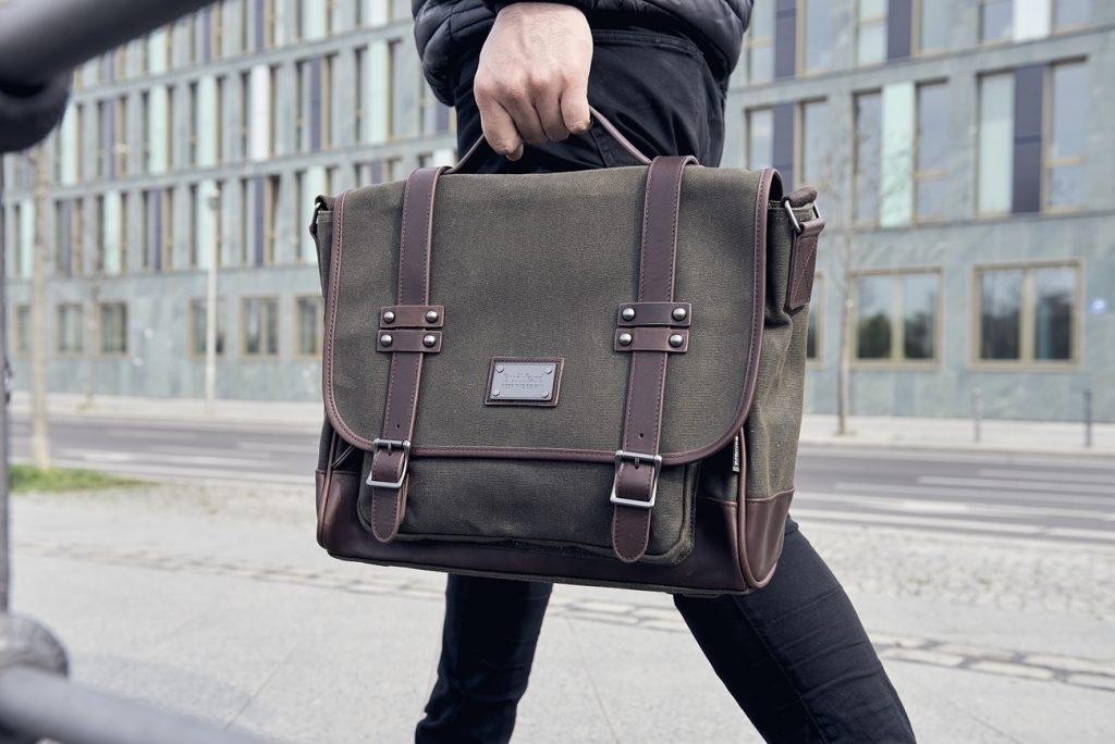 Great Work Bags That Are Stylish And Professional D Editor